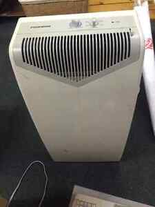 Stand Up Air Conditioner and Dehumidifier