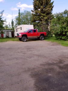 2004 Dodge 2500  truck 8 inch lift 37 inch tires