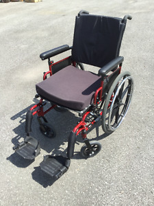 Folding manual wheelchair in great condition