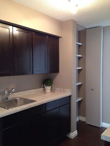 3Bdrm+ Den, Private Yard Townhome