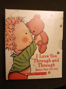 Baby's First Gift Set (2 Padded Board Books)