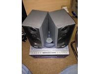 Medion Hi-Fi - CD/Radio - Top Loading CD - With Speakers - Handy Size