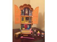 Ben and holly little kingdom tree house & characters