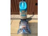 HARDLY USED VAX RAPIDE SPRUCE CARPET WASHER SHAMPOOER WITH SPARE FILTER AND 3 BOTTLES OF SHAMPOO