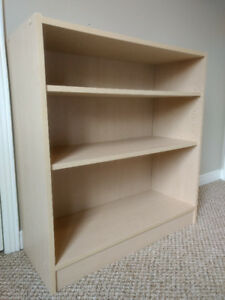Shelving unit (ideal for kids)