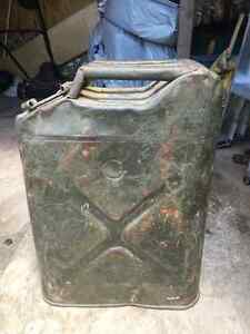 VINTAGE  UNITED STATES MILITARY JERRY GAS FUEL CAN
