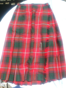 Kilt , Highland Queen Pure Wool size 10