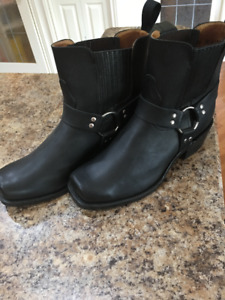 Boulet motor cycle boots