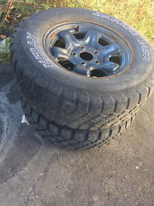 4 total - 265 70 r17 Rims and tires Jeep Wrangler