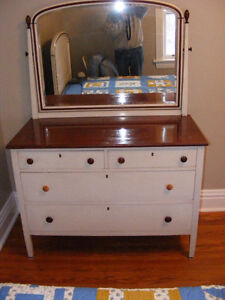 Antique Bedroom Suite - Circa 1930's