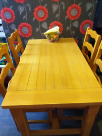 Pine Dining Table & 5 Chairs Good Condition SEE PICS