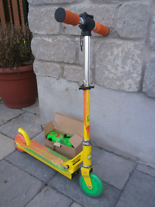 Kids scooter & helmets
