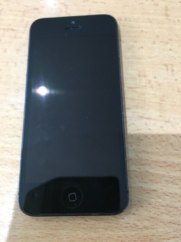 iPhone 5in West End, LondonGumtree - Space grey 16gb unlocked to any network Just upgradedPhone works fine