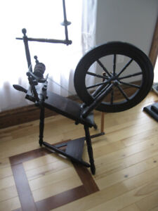 J.. YOUNG original SPINNING WHEEL, complete ready to spin