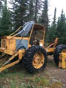 Wanted: transfer case for a C4 can car skidder