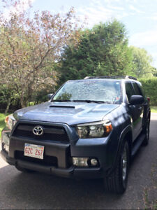 2010 Toyota 4Runner 4WD V6 SR5 Excellent Condition