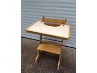 Breeze It wooden adjustable high chair