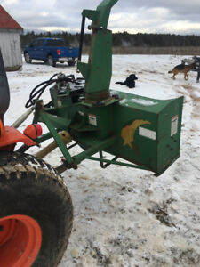 1997 Kubota 4x4 loader tractor with meteor blower