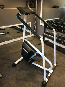 STAIRMASTER 4000PT Stairclimber.