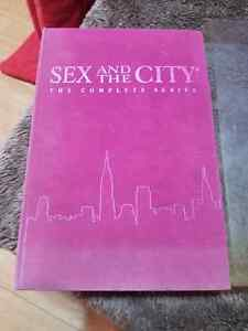 Sex and the city gift set  full series  new condition