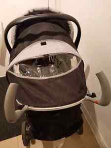 Eddie bauer car seat, stroller and base West Island Greater Montréal image 3