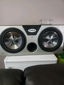 "2 12"" clarion subs with clarion box."