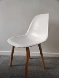 Scandinavian dining chair seat