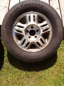 215/70/R15 All season tires with rims