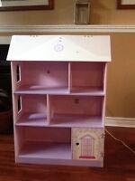 Doll house/bookshelf