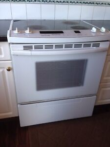 Used electrical stove