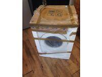 Samsung WF70F5E0W4W 1400 Spin 8kg Washing Machine White only £250