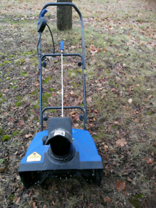 Like Brand New :Electric Snow blower