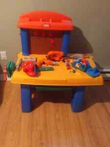 Little Tikes work bench West Island Greater Montréal image 1