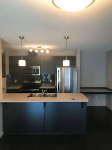Windermere 2 bed 2bath 2 parkings Condo For Rent. Oct Rent Free