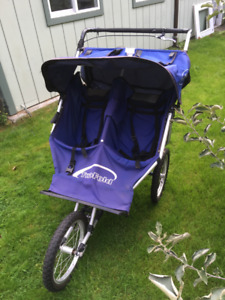 DOUBLE JOGGING STROLLER (by TWOFOLD)