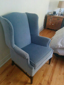 Beautiful velvet Wing Chair West Island Greater Montréal image 1