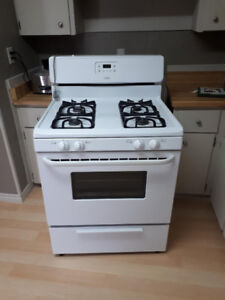 White Gas Stove Excellent Cond Delivery Available and Warranty