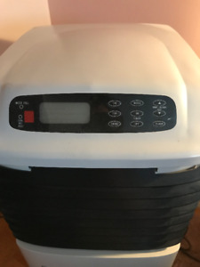 AIR CONDITIONER (DANBY) A/C (4/1)