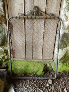 ANTIQUE GARDEN GATE FENCE DOOR
