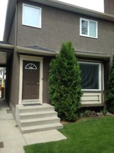 Townhouse for rent Marda Loop