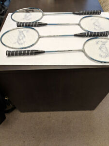 Badminton Rackets Set of 4 Voit SV-5 used excellent condition