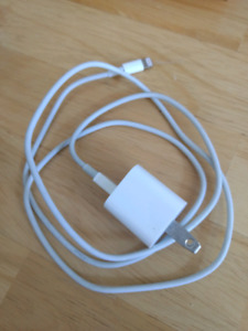 Apple power adapter 5w + cable