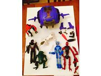 Large set of 5 construction figures & spaceship. Pre-Lego