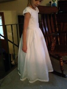 White dress size 7