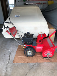 "24"" 2 stage Sno Trac snowblower"