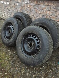 215/65R16 snow tires on Chevy rims