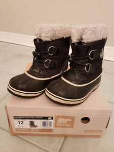 Boys/Girls - Winter/Fall Coats, Jackets, Snow Suites & Boots