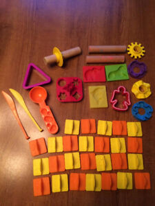 Miscellaneous PlayDoh Accessories