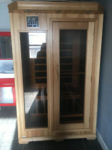 1 Elite Series infrared 2 Person Sauna made by Radiant Health