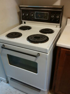 Apartment Stove 24""